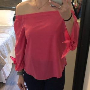 Never worn, comfy, sexy off the shoulder top!